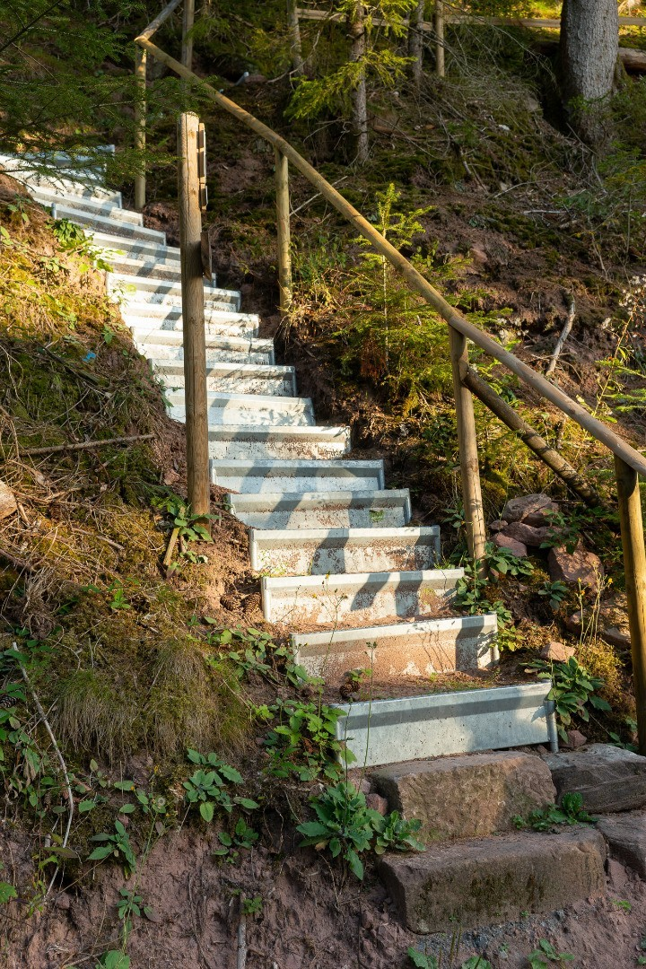 Neubulach mit neuen Stufen von Alpineisen
