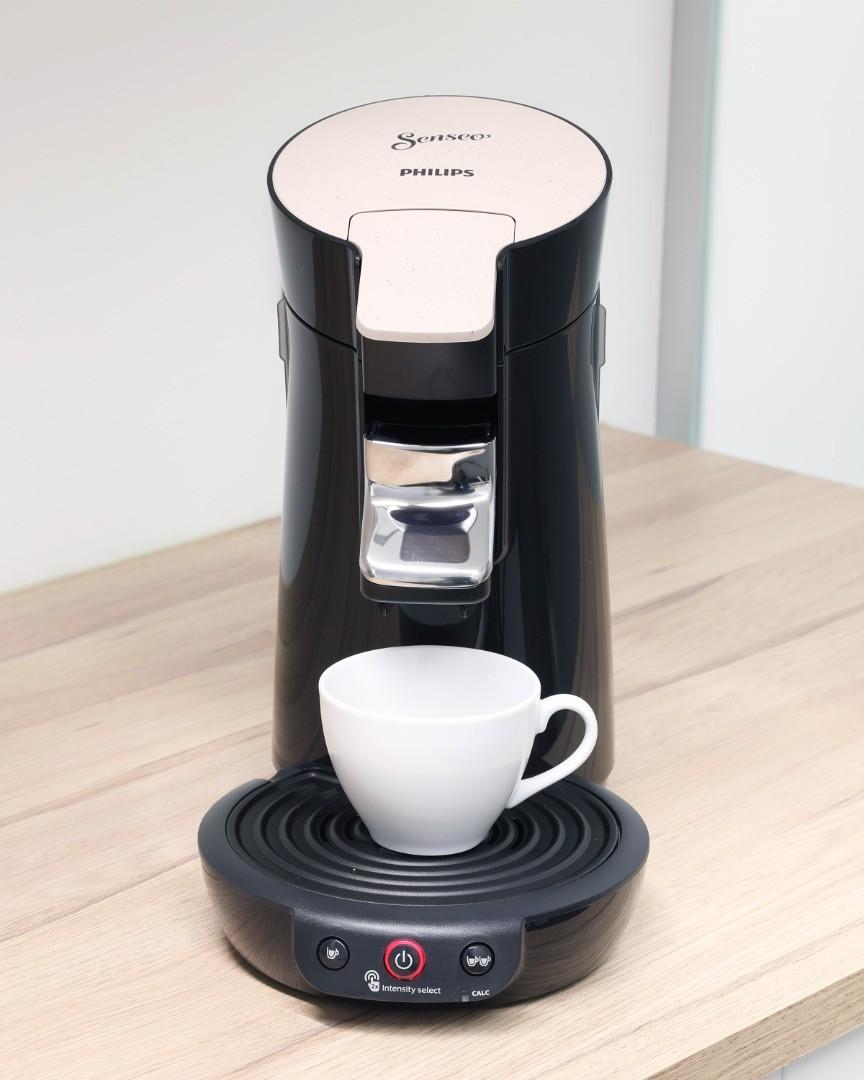 MGG-Polymers_Kaffeemaschine_(c)kommunikationsagentur-sengstschmid_0014.jpg