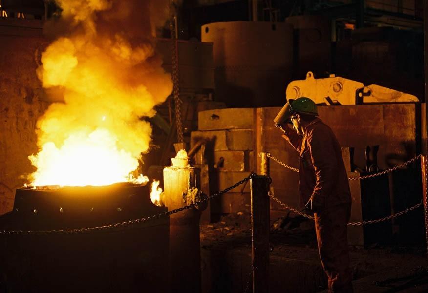 Breitenfeld das Stahlwerk und die Menschen hinter dem Feuer © Aleksandra Pawloff