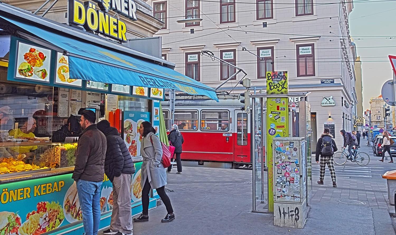 rooming-rebels_westbahnstraße_wien_vienna_2019_Berliner-Döner.jpg